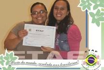 Alunos com Certificados / Alguns dos alunos que passaram pela ETAF e mostram orgulhosos seus certificados!