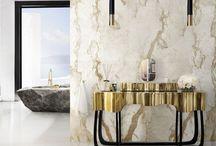 Luxus Schlafzimmer / Erstaunliches Luxus Schlafzimmer für das perfekte Wohndesign   Samt Polsterei   Messing Möbel   BRABBU Inspirationen   www.brabbu.com