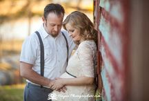 Vintage Maternity Photography / Vintage Themed Maternity Photography Session