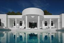 Elegante Villa Rica - Ibiza   / http://www.exquisite-voyage.com/elegante-villa-rica.html