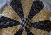 Different quilting motifs / Quilting