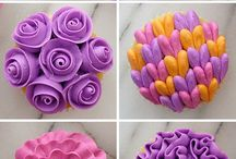 cupcakes different icings