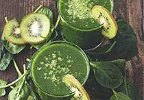 Jedząc zieleninkę masz wesołą minkę! :) / Najwięcej witaminki uzyskasz wcinając duże ilości zieleninki ;)