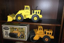 Toys & Games / www.CalAuctions.com