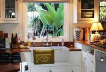 ●Small kitchen / by Ophelia Sanchez
