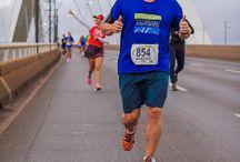 Running / Running around the world Correndo ao redor do mundo