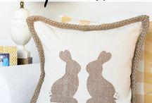 Applique Pillow ideas / Seasonal ideas for decorative pillows using applique.