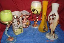 Vaze cu metal / Vaze de sticla lucrate manual, clasice unicat, prin suflare, cu depunere de metal , pictura metalica se realizeaza prin electroliza, metalul este depus pe sticla, patinat clasic imbatrinit, fiecare produs este un decor unic, semnat de atelierul de manufactura, Vinzare si comnzi la tel 0765684438, email octav39_2006@yahoo.com