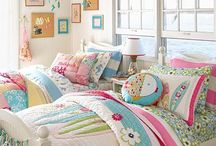CUTE GIRLS ROOM / by Barbara Hoskins