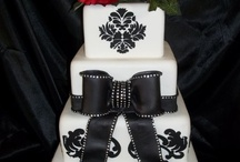 Jessica's Wedding Cake / by Louise Couture Photography