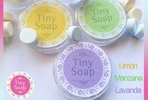 TINY SOAP / Son Jabones en forma de pastillitas de disolución instantánea, súper prácticos para que te acompañen a donde vayas.