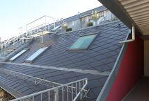 ETERNIT Dacora / Pod značkou ETERNIT prinášame vláknocementové stavebné materiály ako maloplošné strešné šablóny, obklady pre odvetrané fasády a stavebné dosky.