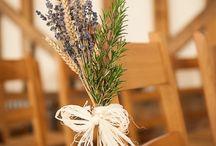 Dekoracje sal weselnych / Najpiękniejsze inspiracje na udekorowanie sali weselnej dla Par Młodych np. kolorowe dekoracje sal, dekoracje stołów weselnych, sesje zdjęciowe w sali weselnej.
