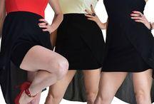 Miniabito donna con scollatura a fascia e velo asimmetrico