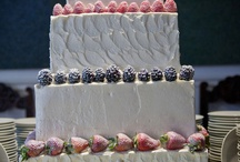 Wedding Cakes / by Kelly Stanford