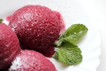 Sorbet et Vino / I have made a Rioja sorbet many a time, which even when it fails to set makes an amazing cocktail. This collection of recipes are inspired from that.