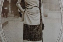 1920's fashion / original, period images of 1920's fashion from the pages of Gracieuse magazine, with a preference for photographs.