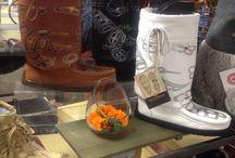 Manitobah Mukluks / http://www.traxxfootwear.ca/search/result/&sv=eyJibmFtZSI6IjEwNTYzMiJ9  #TraxxFootwear #winterready
