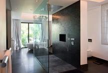 Bathroom / by Linda Nilsson