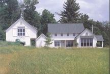 I Heart Farmhouses.