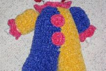 Free Toy Crochet Patterns / Toy patterns, dolls, cars, play sets, etc and all the patterns are free.