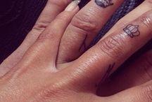 Tatoo doigts