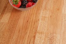 Rubberwood Worktops / Rubberwood is one of the most environmentally friendly timbers from which solid wood worktops can be made, making it the ideal choice for those wanting a sustainable kitchen.