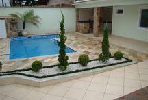 Área pequena para piscina