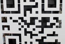 Oggetti d'arredo - Complementi d'arredo / NIKLA STEEL DESIGN  realizza complementi d'arredo di design in lamiera di ferro e acciaio, con tecnologia a taglio laser. Progettazione e produzione rigorosamente MADE IN ITALY. Appendiabiti, testiere letto, orologi, ornamenti, bacheche magnetiche, tavolini, portavasi... SCOPRI DI PIU' su : http://www.nikla.eu/home.html