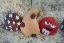 cuscini biscottosi / cuscini interamente realizzati a mano a forma di biscotto