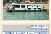 Houseboat Vacations / by Michelle Rasey