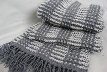 шапки, шарфы,шали