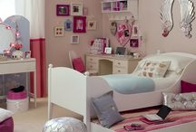 Girls bedroom/decor / by Leigh Rieder