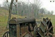 Tractor abandonat
