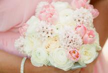 Wedding Bouquets / by Kaitlyn Oates