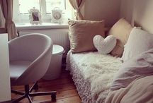 Bedroom Ideas / by Lisa Buyer