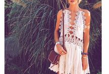 Music Festival Fever   Fashion / Music Festival Fever hit us hard with pictures of Coachella style popping up everywhere and with Splendor sold out and fast approaching, we look at the best festival fashion looks.