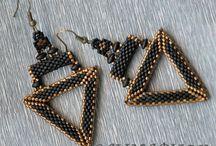 Beaded earrings - Geometric