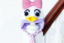 crochet / by Doris Laveuve