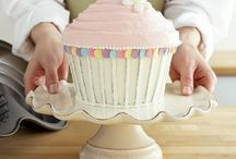 Cupcake party ideas / by Julie Underriner