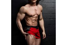 Ripped Ethan / Ripped Ethan is a ripped trainer and the new face of RippedTraining.com