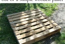 wooden pallet projects / by Stephanie Edwards Applegarth