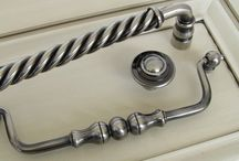 Architectural hardware / Knobs, handles, and hardware for kitchens and bathrooms available at Marina Isles. www.marinaisles.com.au