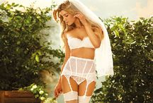 Je Te Veux Bridal Lingerie / Luxury Bridal lingerie in a wide range of styles & sizes and, amazing hosiery! Brides should feel unbelievably fabulous from their undergarments right through to the finishing touches - Je Te Veux's bridal underwear does this which is why brides-to be-love us!