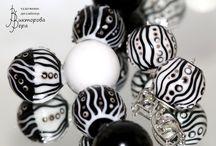 Glass graphic / Artisan handmade lampwork jewelry in graphic design