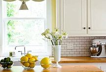 Kitchen Ideas / Come here for inspiration for your dream kitchen! This board features a collection of beautiful kitchens and can inspire you to design your own dream kitchen!