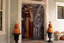 Holiday - Halloween / by Alyssa R-T