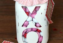 Valentine's Day / Great Valentine's Day Decorating Ideas for your home or a Valentine's Day Party!