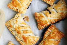 Recipes | Desserts / by Leisha Scallan