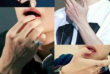 Taehyung Hands